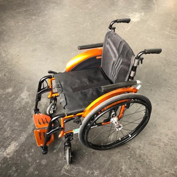 Adaptiv-Leicht-Rollstuhl  Avantgarde CV